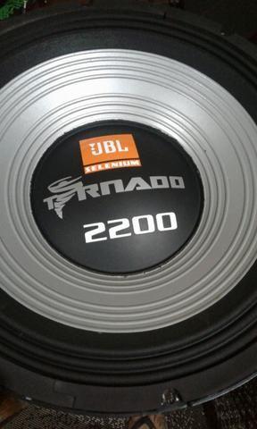 Tornado 2200 jbl