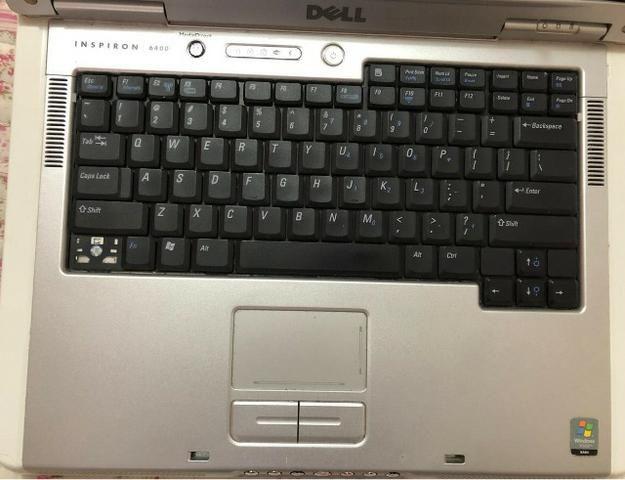 Dell Inspirion/com defeito não funciona para retirar peças