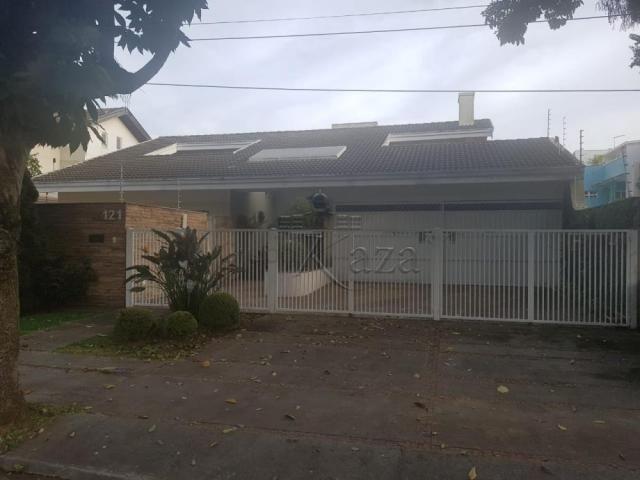 Casa de condomínio à venda com 3 dormitórios cod:V30955LA