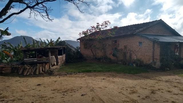 Belíssimo sítio em Pedra Aguda - Bom Jardim - RJ - Foto 5