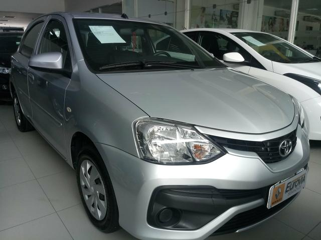 Toyota etios 1.3 17/18 - Foto 3