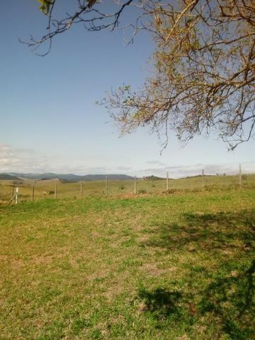 Sítio 3.500 m² com casa de 130 m² em Guararema - Foto 19