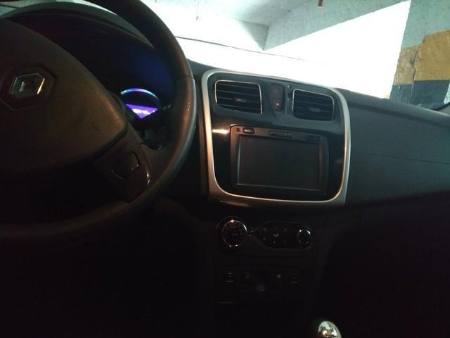 Renault Logan Exclusive 1.6 - Foto 2