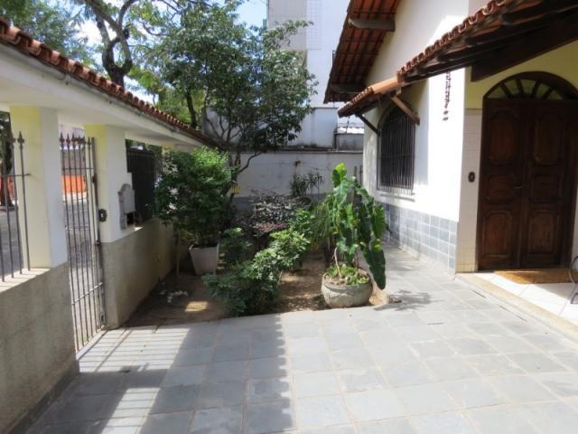 Casa linear com 5 qts, 2suítes, 2vgs - Foto 4