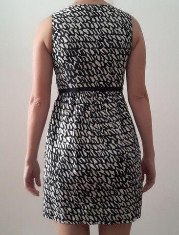 Vestido Zara XS (tam 36)com forro e cinto - Foto 3