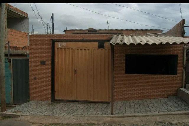 02 - Saia já do aluguel, Vendo Casa Bem Localizada