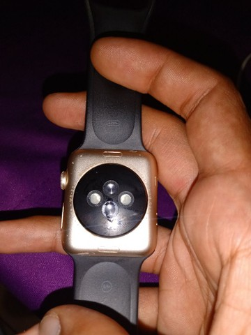 Apple watch série 2 gold 42mm - Foto 2