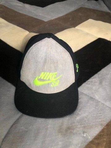 Boné Nike SB novo