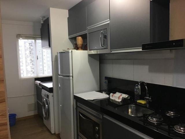 AP econômico - todo os móveis sob medida - aceita veículo - 2 dormitórios - Foto 3