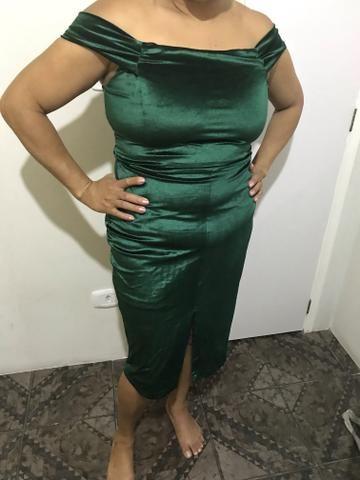 Vestido verde de camurça
