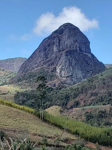 Belíssimo sítio em Pedra Aguda - Bom Jardim - RJ - Foto 2