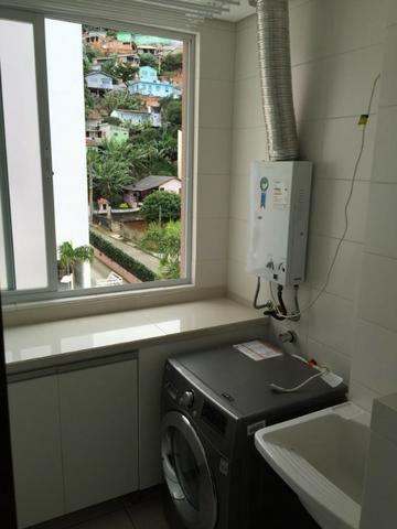 Apartamento de 02 dormitorios, com ampla sacada -Saco Grande - Foto 8