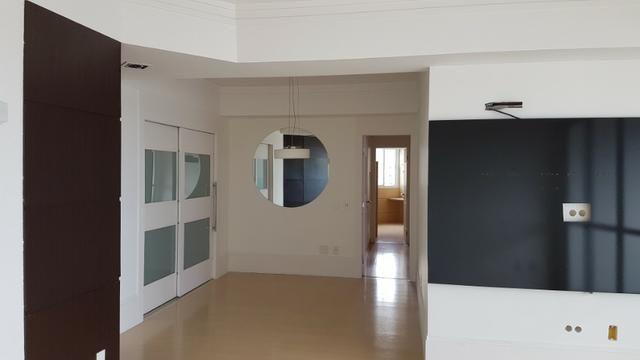 Vendo ou Troco Lindo Apartamento em Campo Grande Montado e Decorado - Foto 11