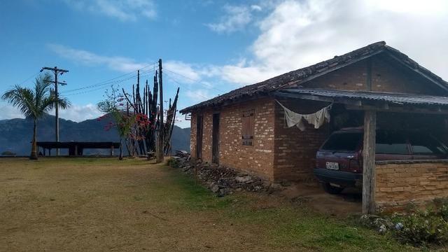 Belíssimo sítio em Pedra Aguda - Bom Jardim - RJ - Foto 4