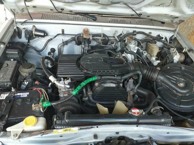 Vendo uma ano 2003 hilux 3.0-TD diesel - Foto 5