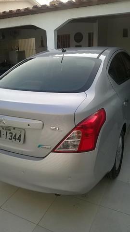 Nissan Versa SL 1.6 16v Flex 2013/2014 - Foto 8