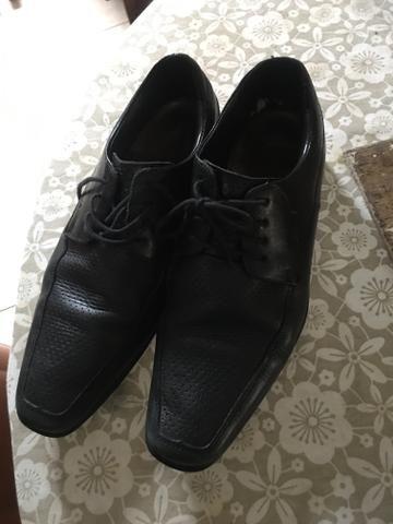 Sapatos sociais de couro legítimo 40