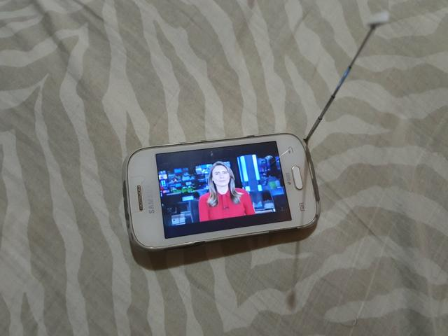 Samsung Galaxy Young Plus Duos TV - Foto 4