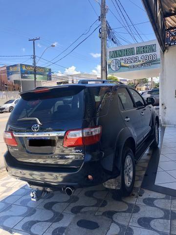 Toyota Hilux SW4 SRV 4x4 DIESEL 7P IPVA 2020 PAGO - Foto 2
