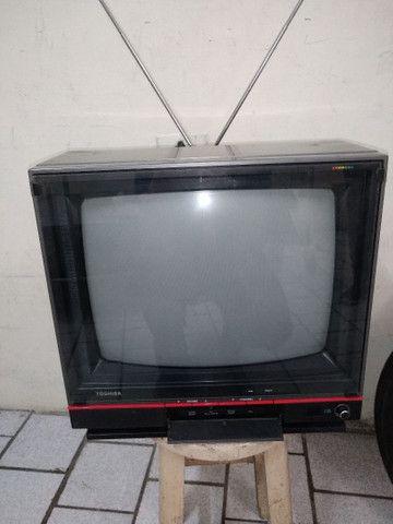 Televisão Antiga Toshiba TS-168 - Foto 4