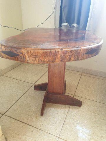 Mesa e peças em madeira maciça  - Foto 2