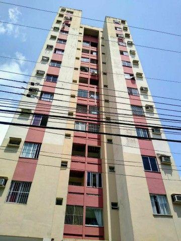 Vendo apto Edif.Victoria Manuella 3/4 Transf. Em 2/4, área: 85m2