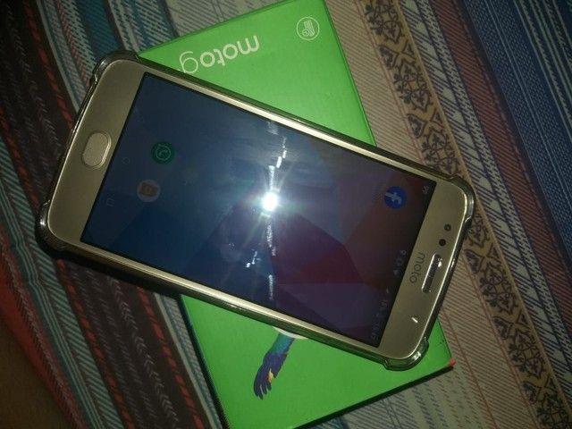Vendo Moto G5s 32 GB semi novo, ENTREGO - Foto 3