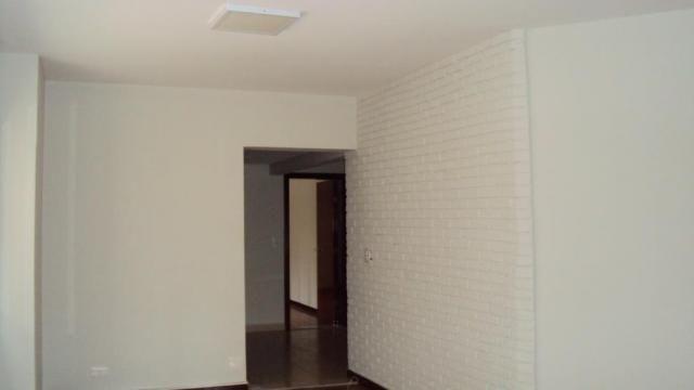 8308 | Apartamento para alugar com 4 quartos em Centro, Maringa - Foto 3