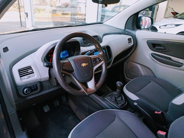 Chevrolet Spin 1.8 lt flex manual 2014 - Foto 8