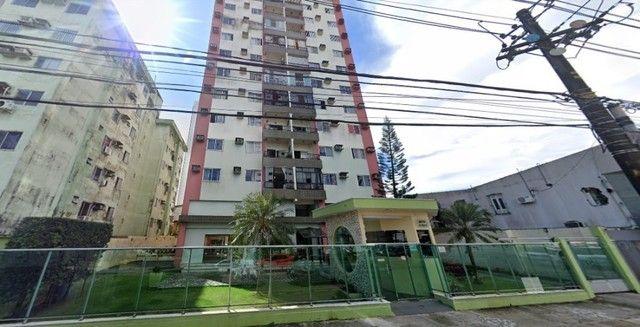 Ed. Luanda II, 96 m2, três quartos sendo um suíte, uma vaga de garagem