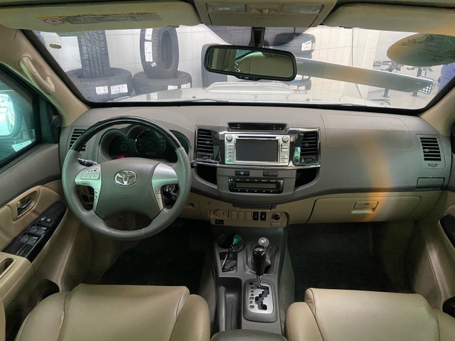 Hilux SW4 SRV D4-D 4x4 3.0 TDI diesel aut.  7 LUGARES 2013 BLINDADO - Foto 12
