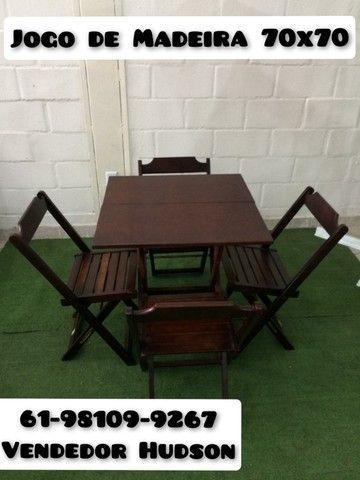 Jogo de Mesa com Cadeiras de Madeira Original - Foto 3