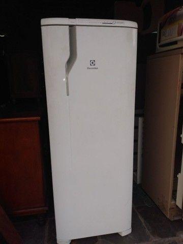 Geladeira Frost Free Eletrolux