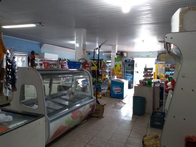 Mercado Açogue e Padaria com casa de 3 dormitórios de Barbada