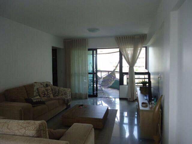 Apartamento beira mar com 4 suítes - Edifício Caleche - Pajuçara