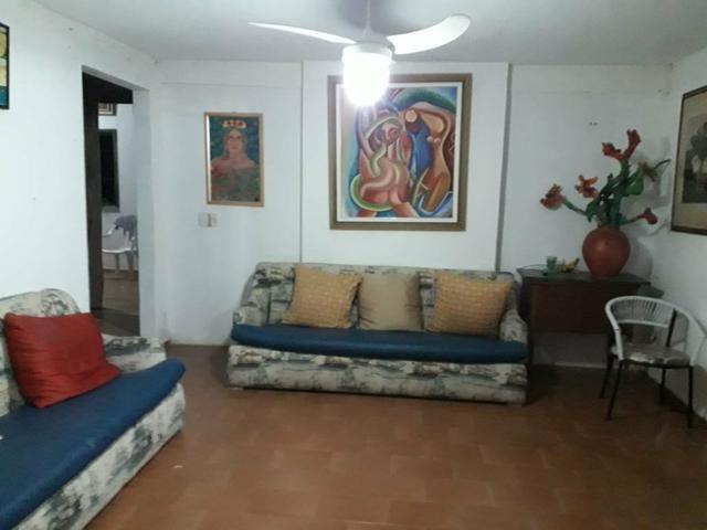 Aluga uma casa na praia do coqueiro Luís correia casa com 9 quartos desponivel