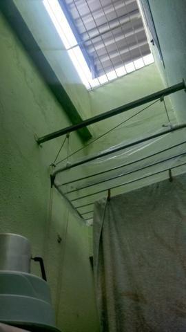 Excelente casa com sala 02 dormitórios condições de ampliar - Foto 10