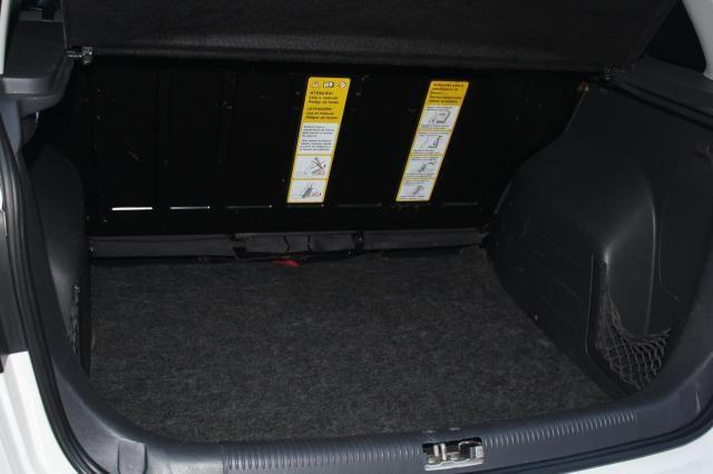 VOLKSWAGEN SPACEFOX 2012/2012 1.6 MI 8V FLEX 4P MANUAL - Foto 8