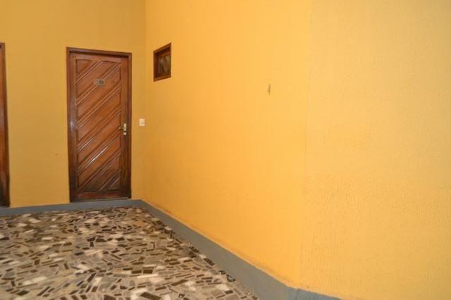 Casa em Condomínio para locação 02 Quartos sendo (01 Suite) no bairro Planalto - Foto 2