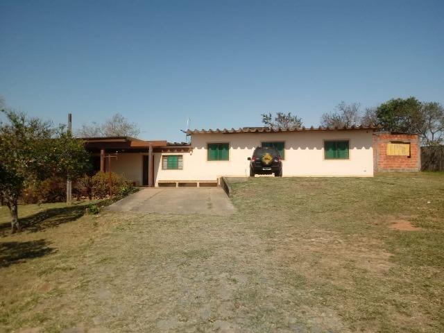 Sítio 3.500 m² com casa de 130 m² em Guararema
