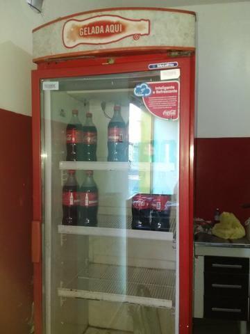 Freezer coca cola, troco por geladeira duplex.