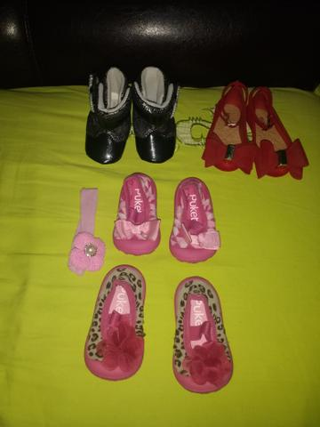 Sandálias infantil todos em bom estado de conservação