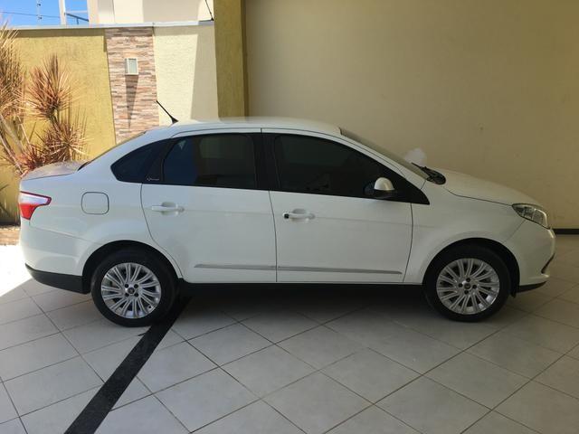 Fiat Grand Siena 1.6 essensse 2013 - Foto 2