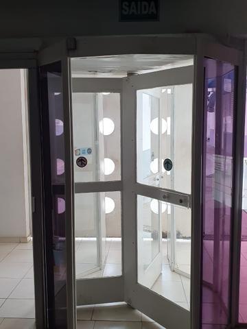 Porta giratória - Foto 2