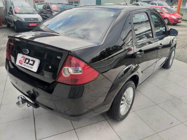 Ford Fiesta Sedan 1.6 FLEX - Foto 5