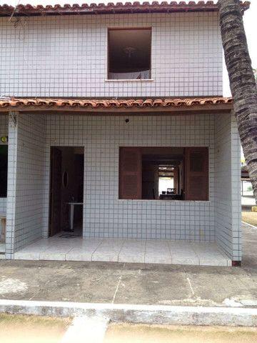 Casa de praia em condominio. Alugo para morar. Preço a combinar.