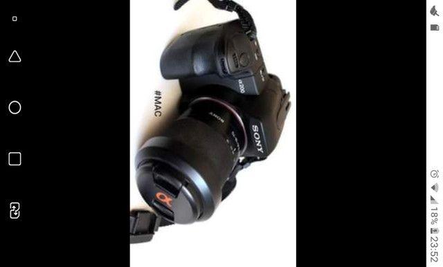 Câmera Sony A200 Profissional semi nova Desapego=Oportunidade