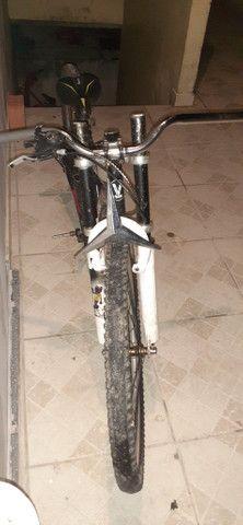 Vendo bicicleta rebaixada 400 - Foto 3