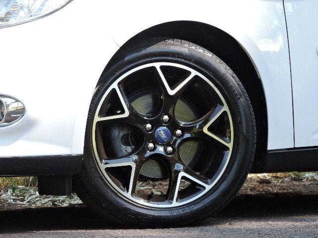 Ford Focus Sedan Titanium 2.0 2015 Impecável - Foto 17