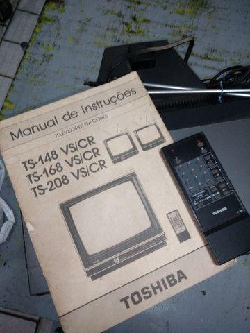 Televisão Antiga Toshiba TS-168 - Foto 5